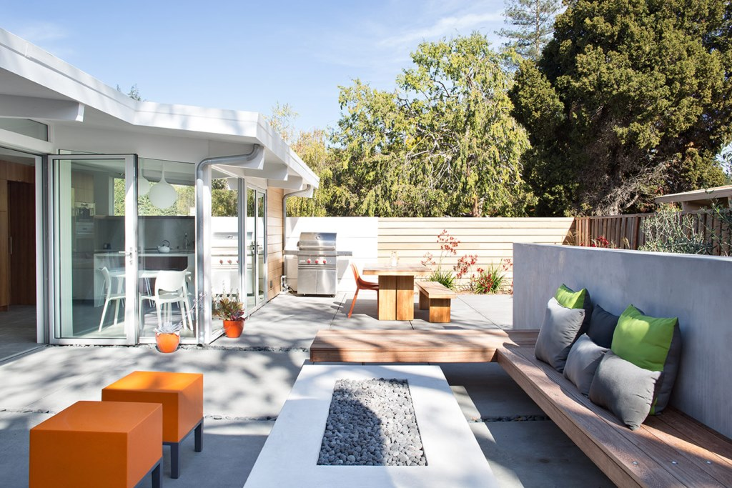 Truly_Open_Eichler_House_13
