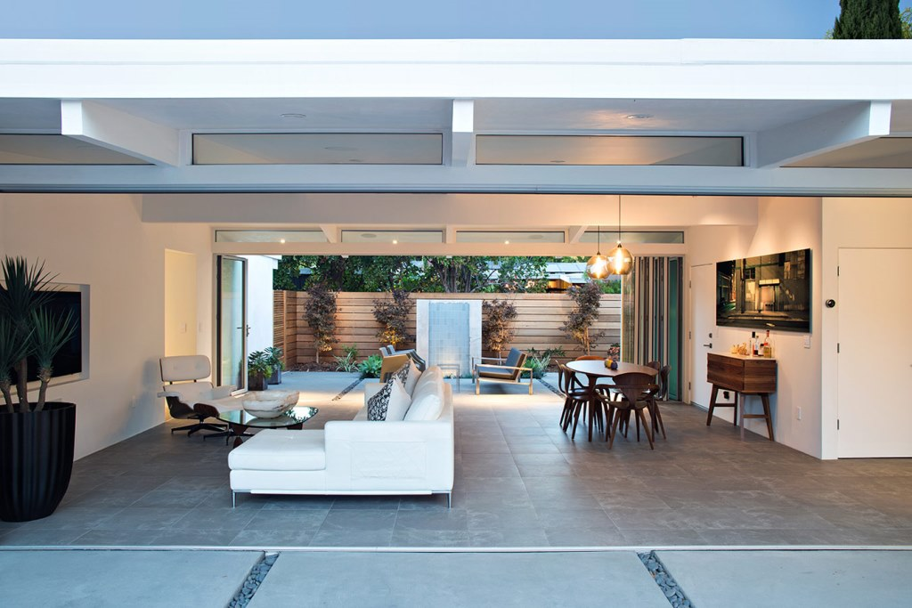 Truly_Open_Eichler_House_9