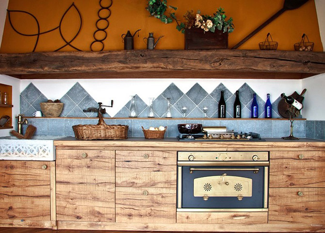 Kitchen_made_of_natural_wood_1
