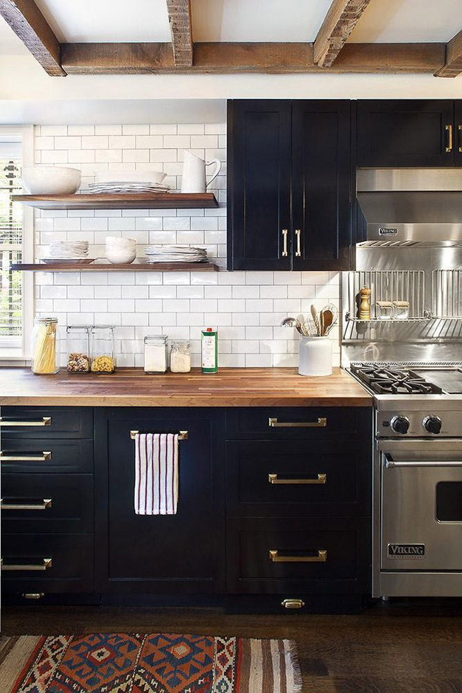 Kitchen_made_of_natural_wood_20