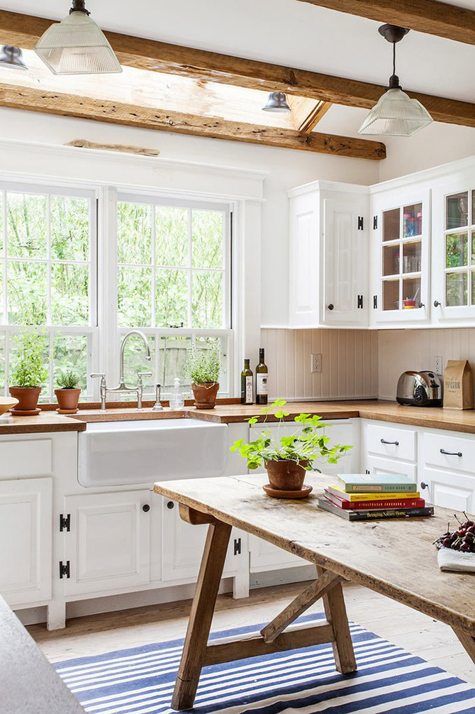 Kitchen_made_of_natural_wood_3
