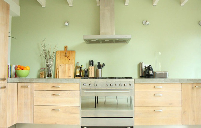 Kitchen_made_of_natural_wood_5