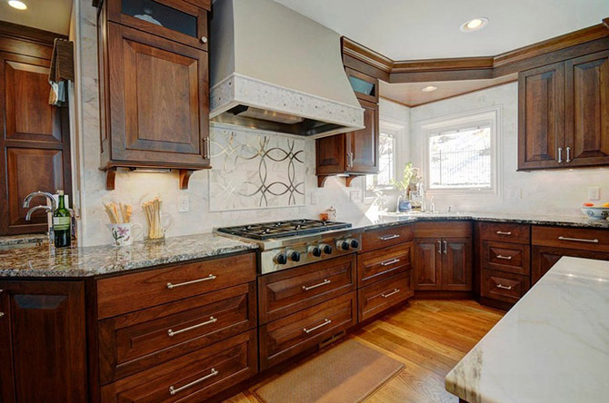 Kitchen_made_of_natural_wood_8