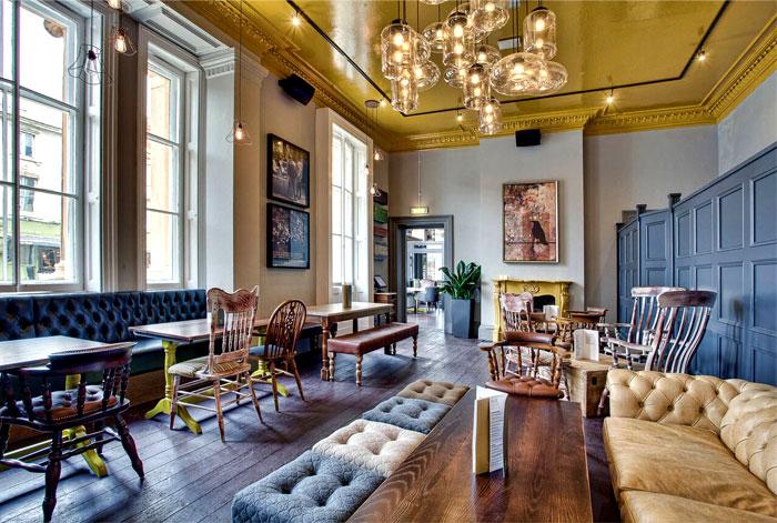 Restaurant_and_Pub_Decor_by_DV8_Designs_1