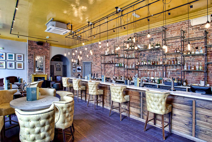 Restaurant_and_Pub_Decor_by_DV8_Designs_5