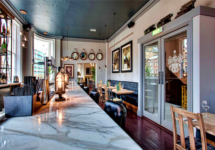 Restaurant_and_Pub_Decor_by_DV8_Designs_8